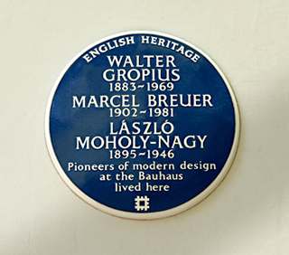 Isokon blue plaque